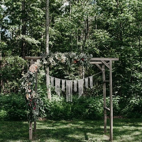 relaxed-boho-north-carolina-wedding-at-rock-quarry-farm-22-600x900-600x900